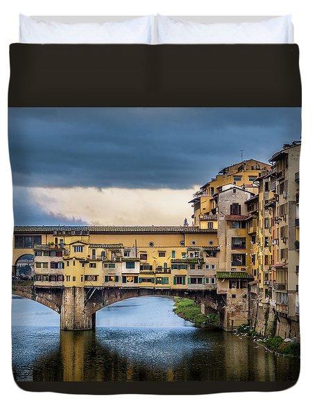 Ponte Vecchio E Gabbiani Duvet Cover by Sonny Marcyan