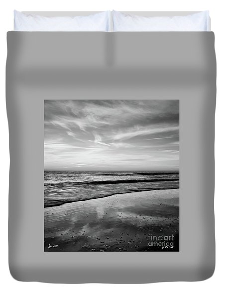 Duvet Cover featuring the photograph Ponte Vedra Cloud Dance by John F Tsumas