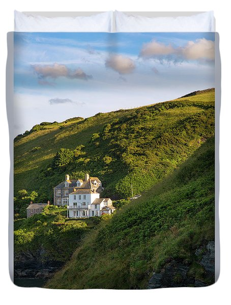 Duvet Cover featuring the photograph Port Isaac Homes by Brian Jannsen