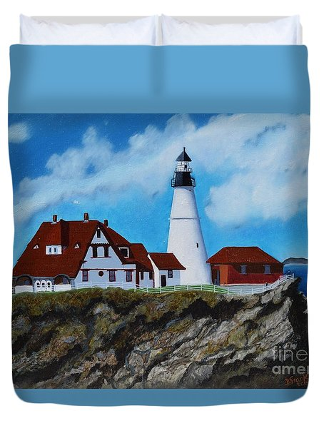 Portland Head Light In Maine Viewed From The South Duvet Cover
