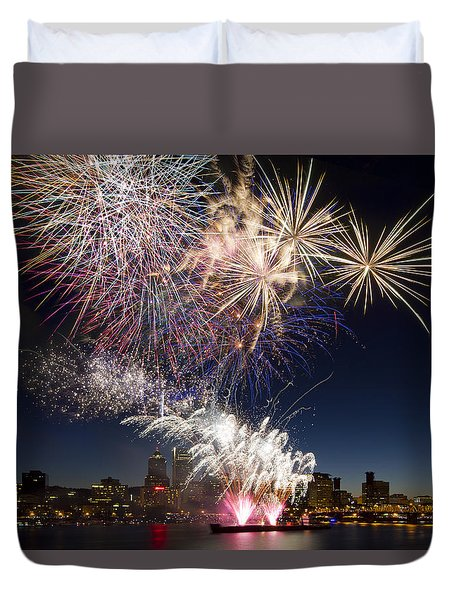 Portland Oregon Fireworks Duvet Cover by David Gn