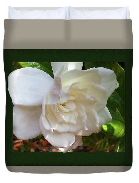 Portrait Of A Gardenia Duvet Cover