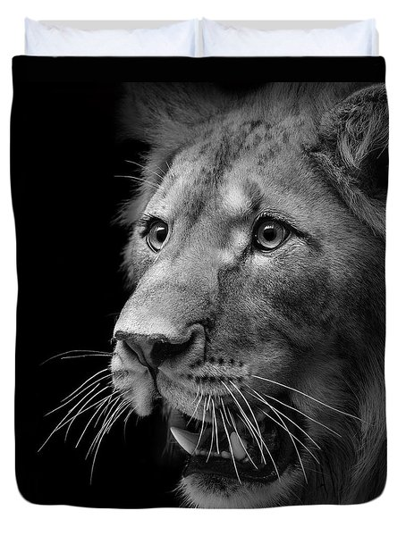 Portrait Of Lion In Black And White II Duvet Cover