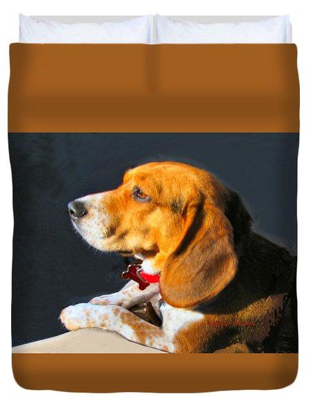 Portrait Of Pebbles - The Independent Beagle Duvet Cover