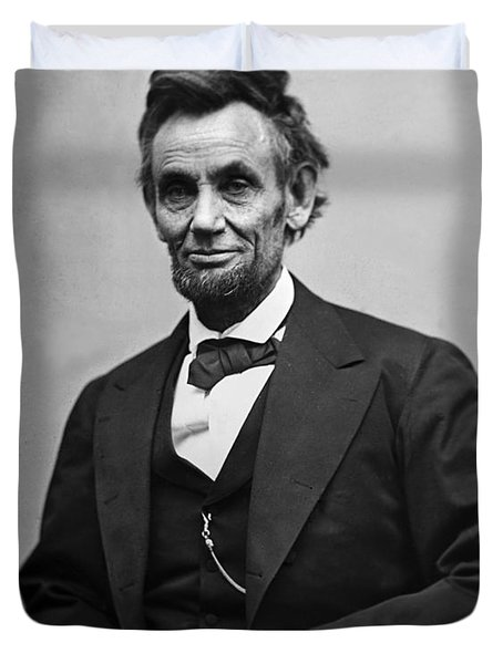 Portrait Of President Abraham Lincoln Duvet Cover