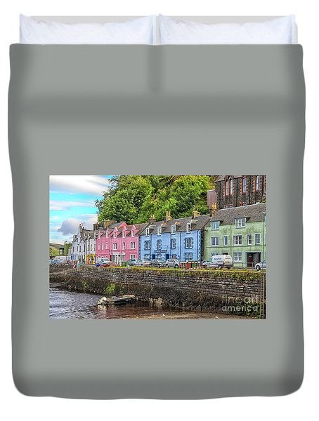 Portree Town On Skye, Scotland Duvet Cover