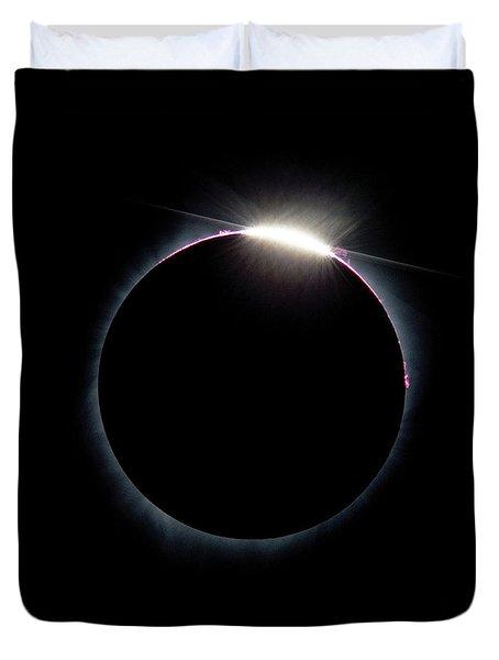 Post Diamond Ring Effect Duvet Cover