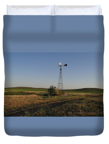 Prairie Windmill At Sunset Duvet Cover
