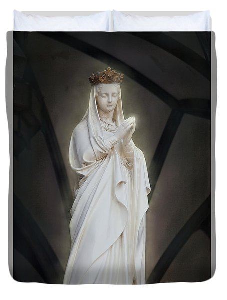 Praying Duvet Cover