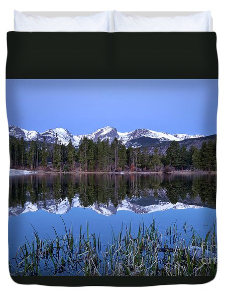 Pre Dawn Image Of The Continental Divide And A Sprague Lake Refl Duvet Cover by Ronda Kimbrow