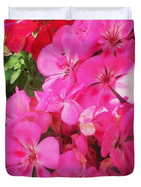 Pretty! ❤ #flowers #nature #pink #red Duvet Cover