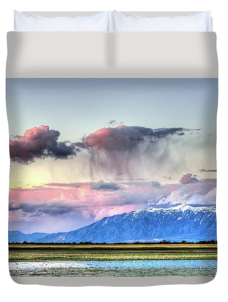 Duvet Cover featuring the photograph Pretty In Pink by Bryan Carter