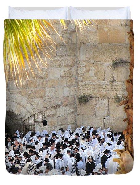 Duvet Cover featuring the photograph Prayer Of Shaharit At The Kotel During Sukkot Festival by Yoel Koskas