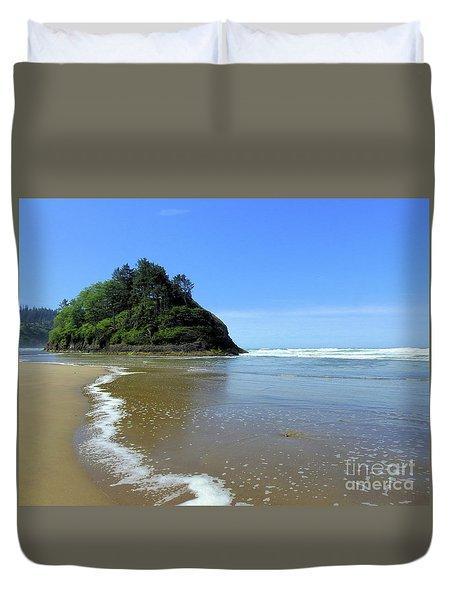 Proposal Rock Coastline Duvet Cover