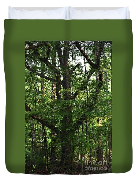 Duvet Cover featuring the photograph Protecting The Children by Skip Willits