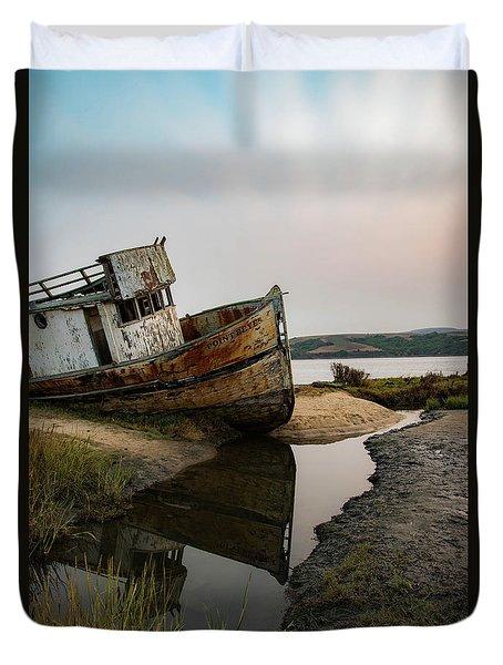 Pt. Reyes Shipwreck 4 Duvet Cover
