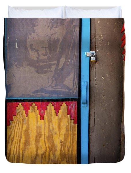 Puerta Con Chiles Duvet Cover