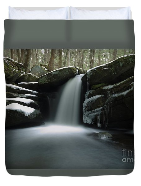 Snowy Pulpit Falls With Oil Texture Duvet Cover