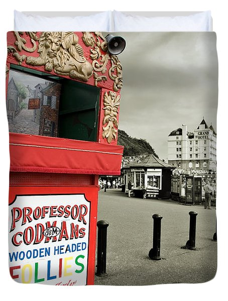 Punch And Judy Theatre On Llandudno Promenade Duvet Cover by Mal Bray