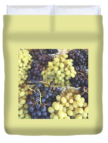 Purple And Green Grapes Duvet Cover