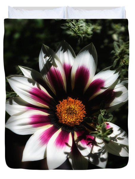 Duvet Cover featuring the photograph Purple And Orange Glow by Ron White