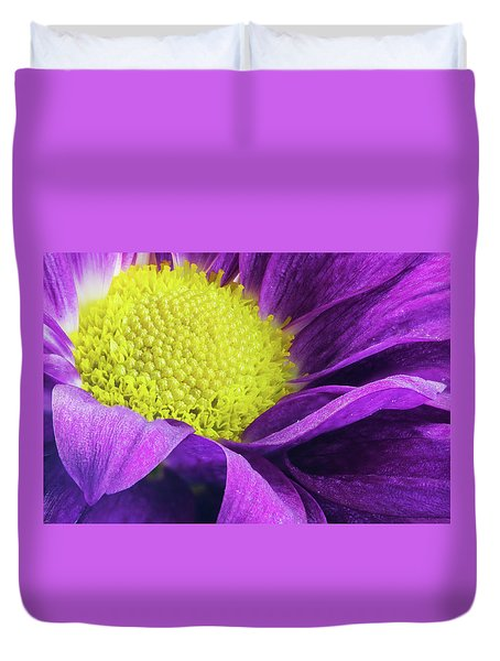 Purple Daisy In The Garden Duvet Cover