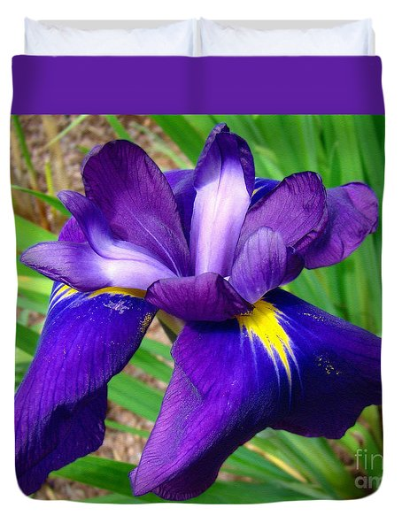 Duvet Cover featuring the photograph Purple Iris Beauty by Sue Melvin