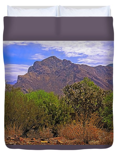 Duvet Cover featuring the photograph Pusch Ridge Morning H10 by Mark Myhaver