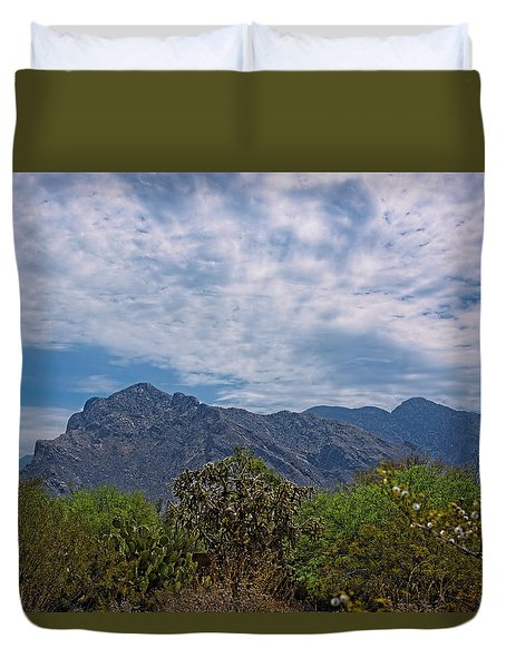 Duvet Cover featuring the photograph Pusch Ridge Morning H26 by Mark Myhaver