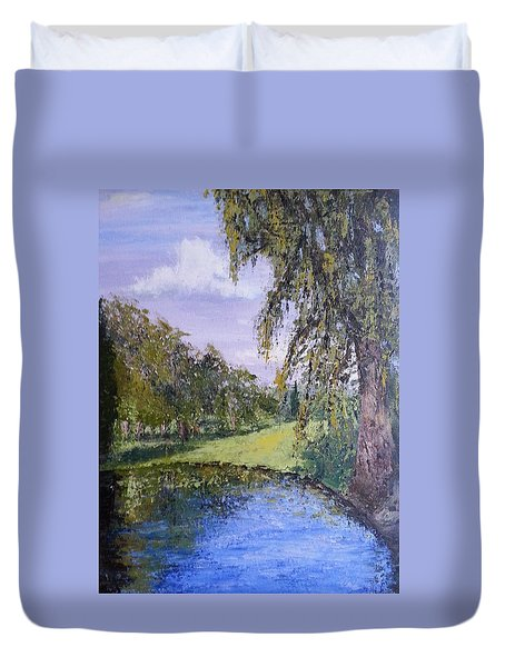 Putting Green Pond Duvet Cover