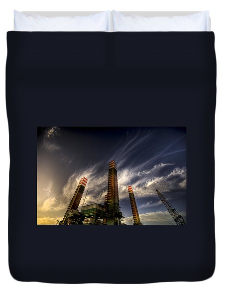 Duvet Cover featuring the photograph Pylons by Wayne Sherriff