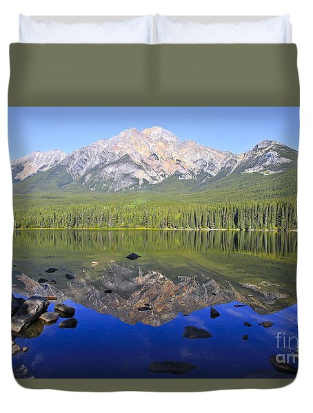 Pyramid Lake Reflection Duvet Cover
