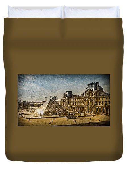 Paris, France - Pyramide Duvet Cover