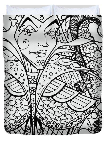 Queen Of Spades Close Up With Dragon Duvet Cover