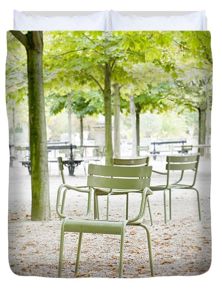 Quiet Moment At Jardin Luxembourg Duvet Cover