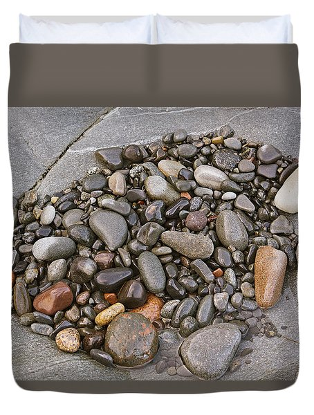 Duvet Cover featuring the photograph Quoddy Head Pebble Pocket by Peter J Sucy