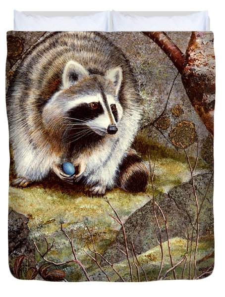 Raccoon Found Treasure  Duvet Cover