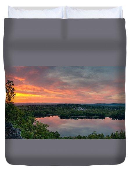 Ragged Mountain Sunrise Duvet Cover