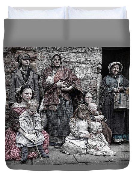 Ragged Victorians 7 Duvet Cover