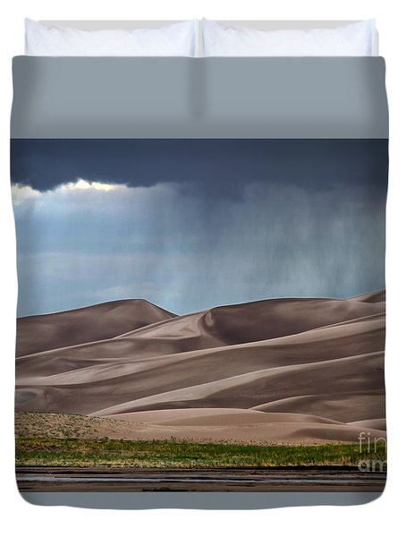 Rain On The Great Sand Dunes Duvet Cover by Catherine Sherman