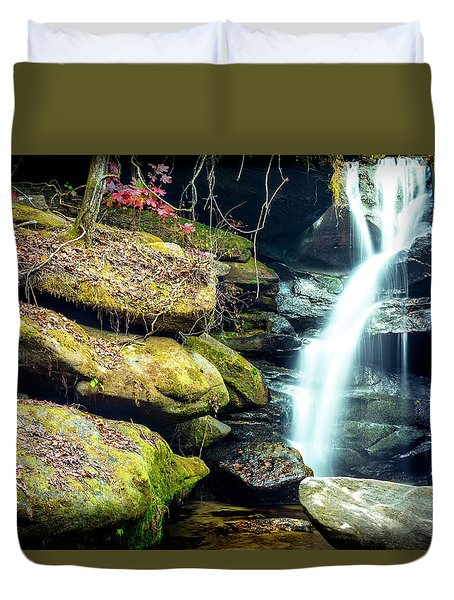 Rainbow Falls At Dismals Canyon Duvet Cover