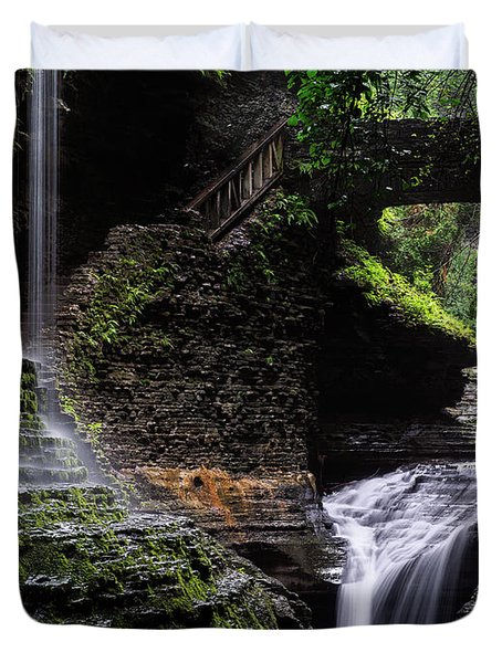 Duvet Cover featuring the photograph Rainbow Falls by Edgars Erglis