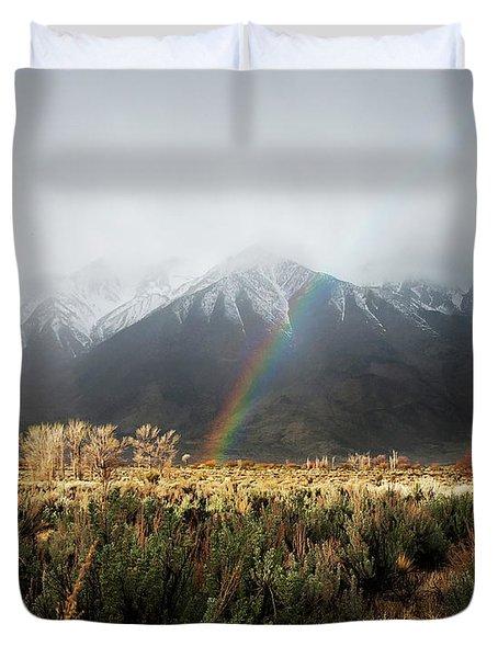 Rainbow In Eastern Sierra Nevadas Duvet Cover
