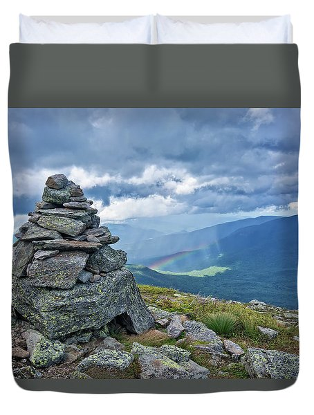 Rainbow In The Mist Nh Duvet Cover by Michael Hubley