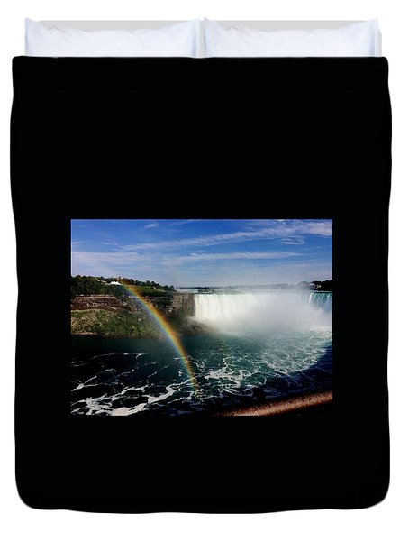 Rainbow Over Horseshoe Falls Duvet Cover