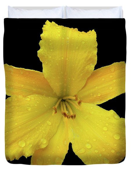 Raindrops On A Yellow Daylily Duvet Cover by Tara Hutton