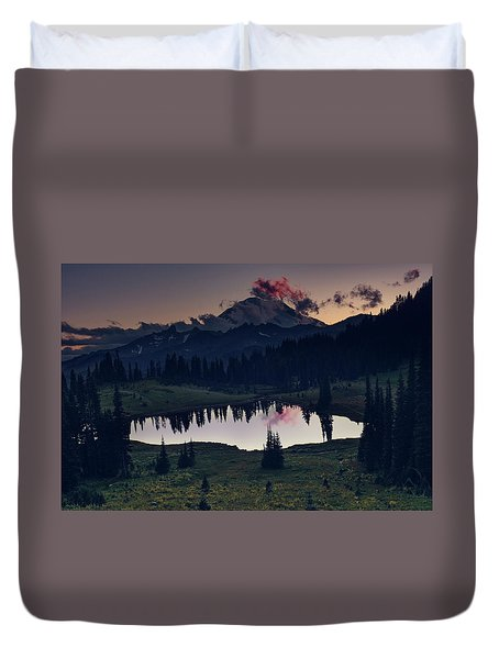 Duvet Cover featuring the photograph Rainier Color by Gene Garnace