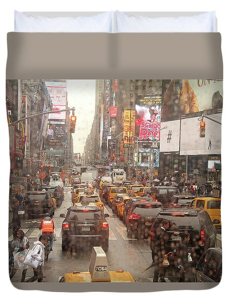 Rainy Day In Manhattan Duvet Cover