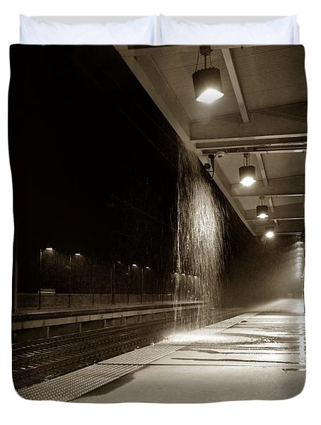 Duvet Cover featuring the photograph Rainy Night In Baltimore by Ron Cline
