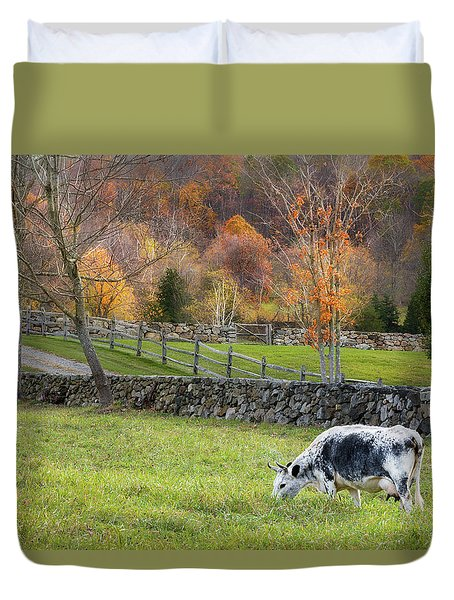 Duvet Cover featuring the photograph Randall Cattle Cow by Bill Wakeley